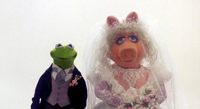 Miss-Piggy-Wedding