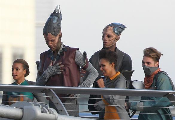 guardians-of-the-galaxy-millennium-bridge-1