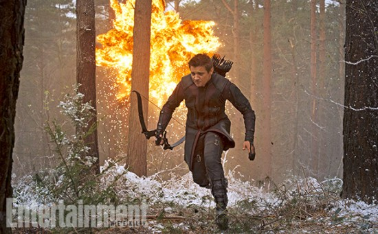 Avengers Hawkeye running
