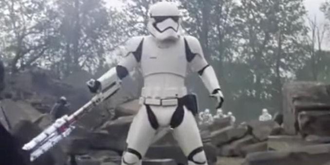 force-awakens-tr-8r