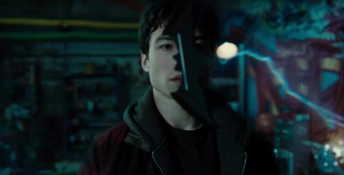 Justice League Barry Batarang